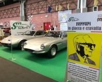Il Museo dell'Auto a Modena Motor Gallery con le Ferrari in giacca e cravatta